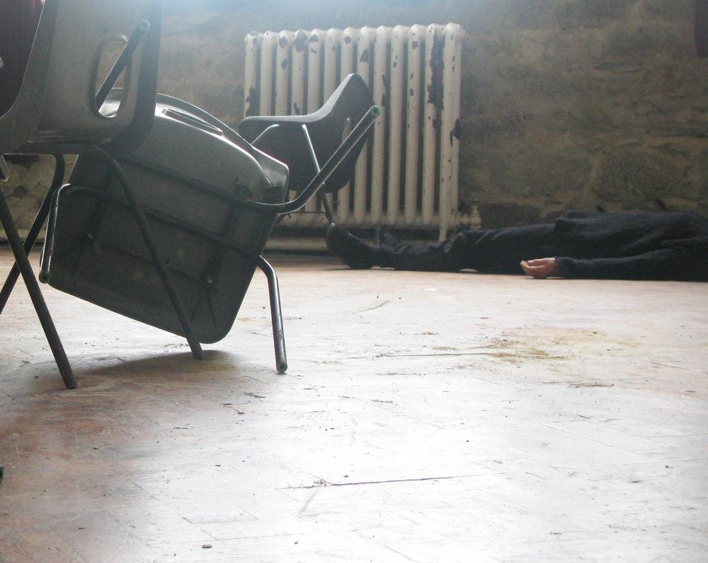 kat floor chair crop
